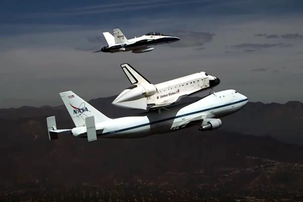 Shuttle Carrier Aircraft – Space Shuttle Endeavour Landing At LAX – Worth Seeing